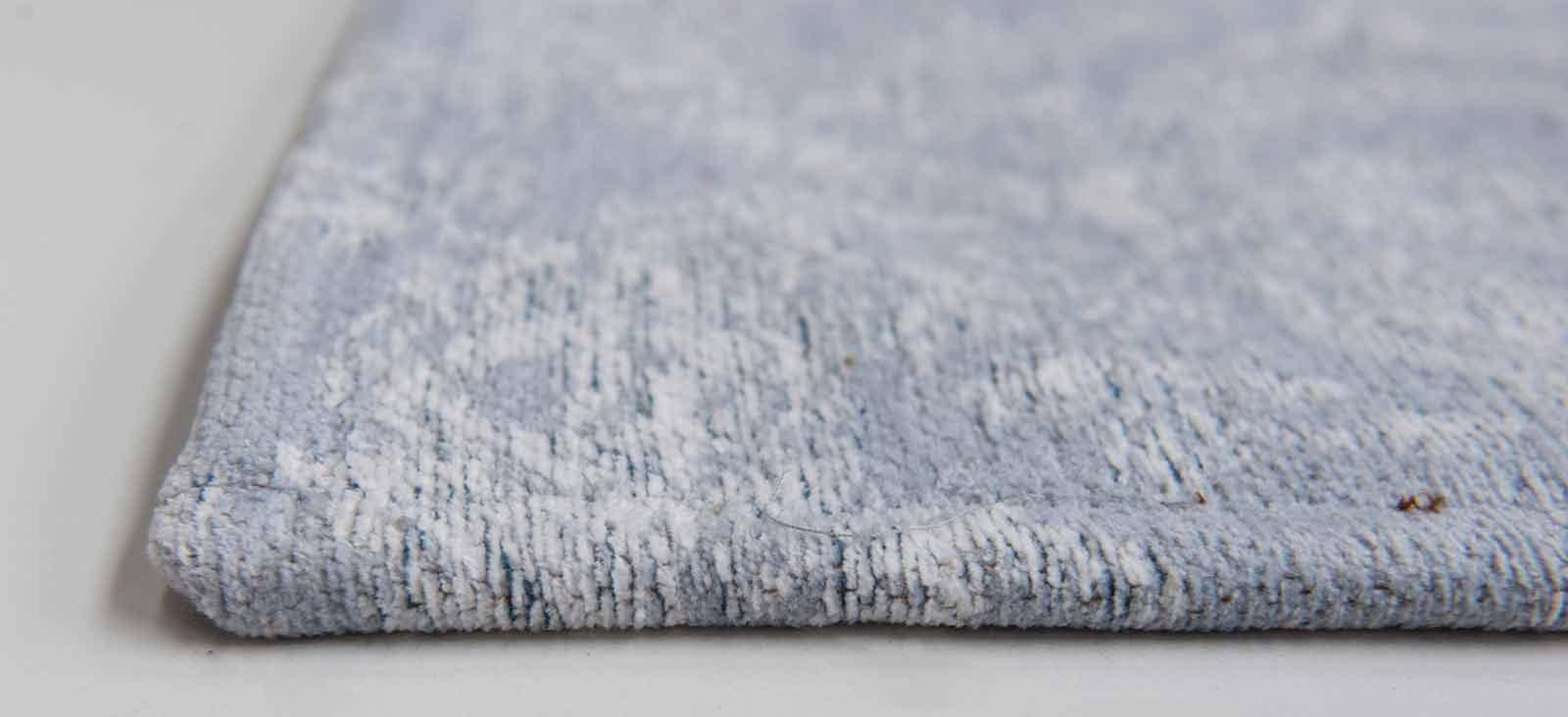 tapijt Louis De Poortere LX8981 Vintage Bruges Blue side