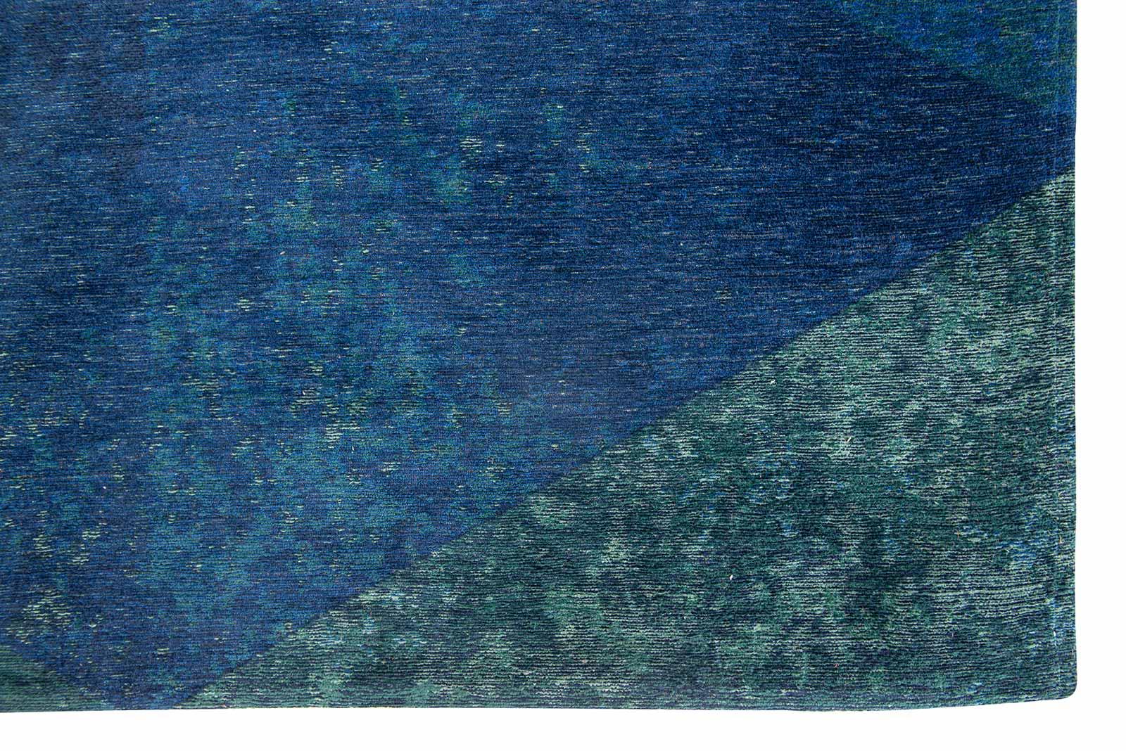 Louis De Poortere tapijt Fischbacher 9052 Lisboa Saphir corner